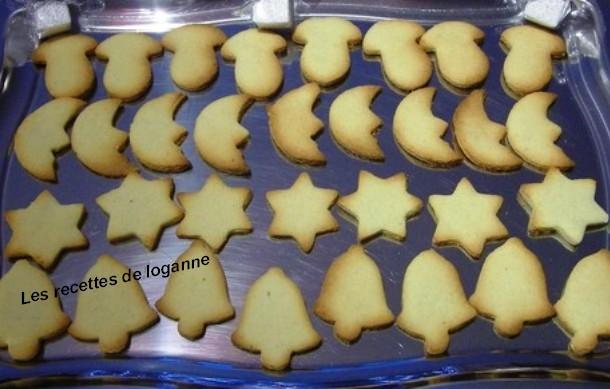 Petits Gateaux De Noel A La Poudre D Amande Et A La Cannelle